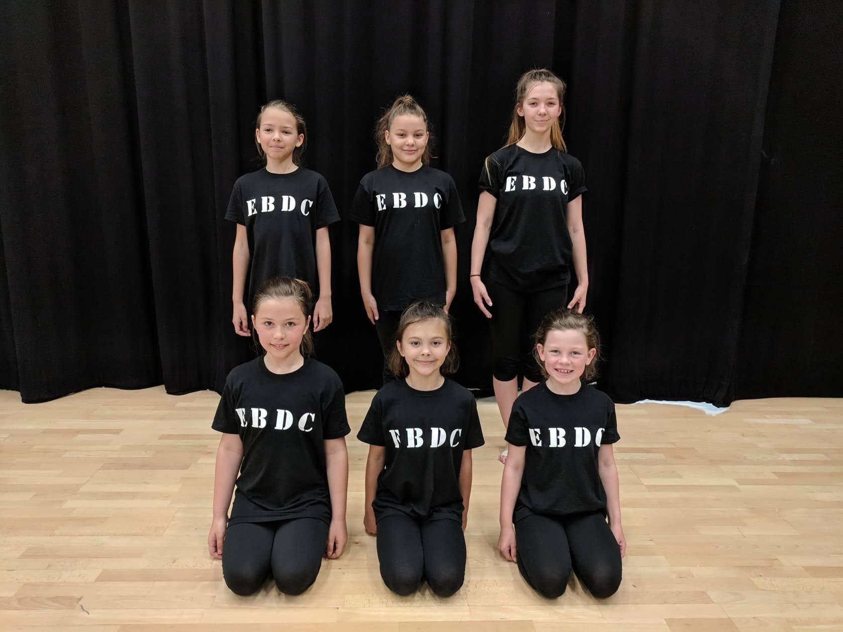 EBDC Contemporary-Team-dancing-peterborough-eb-dance-squad