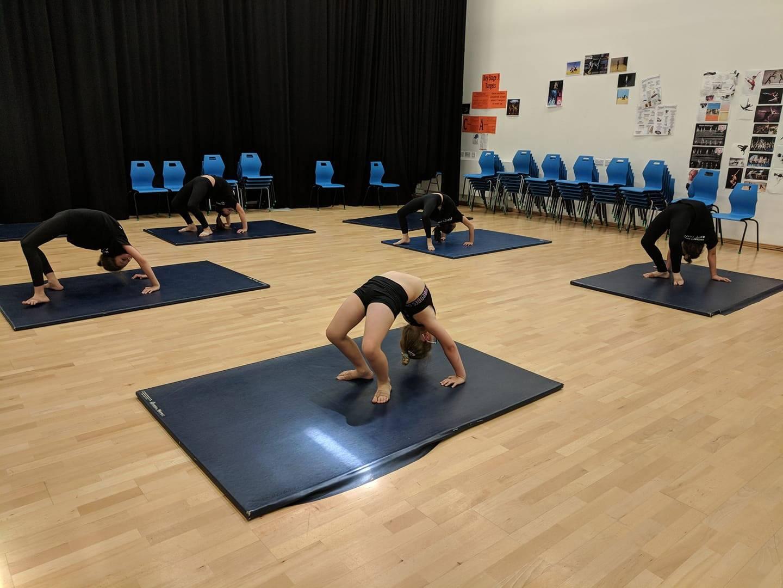 acro class ebsd dancing classes kids adults toddlers pre-school children beginners advanced training peterborough
